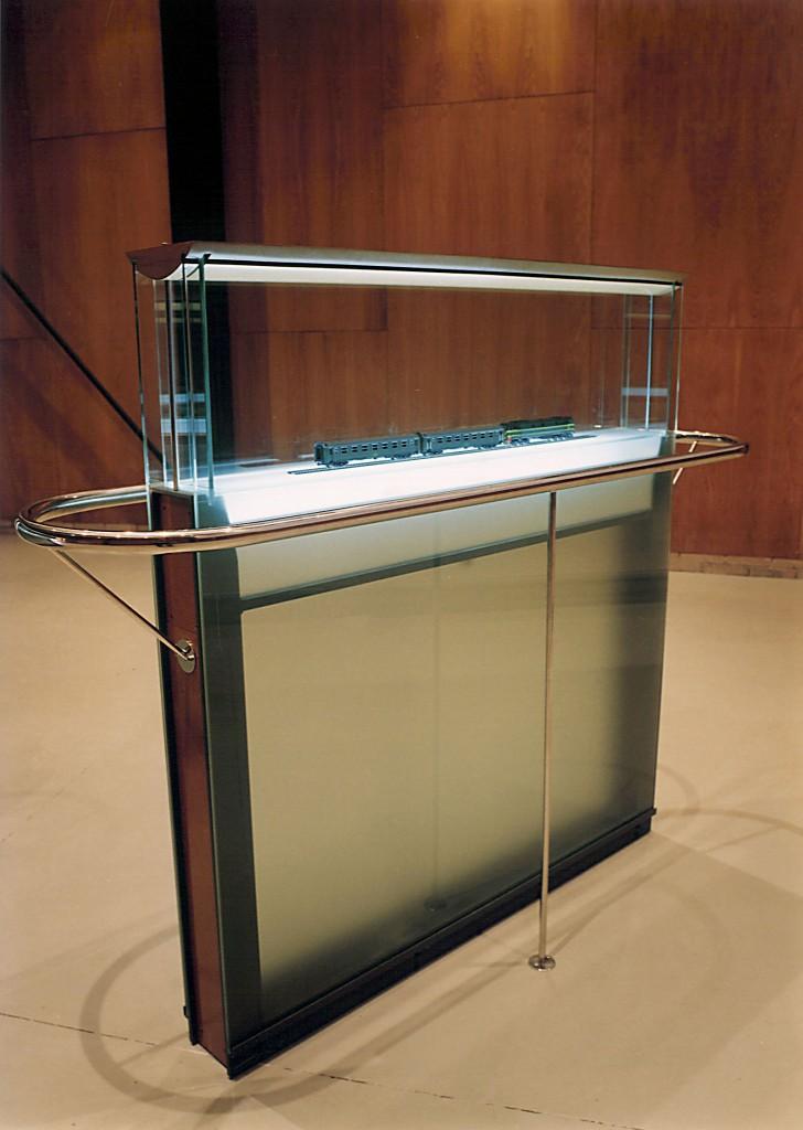 Museograf a y exposiciones ales grupo - Vitrinas de diseno ...